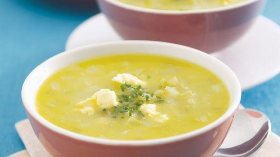 Rezept: Selleriecremesuppe mit pikantem Käse