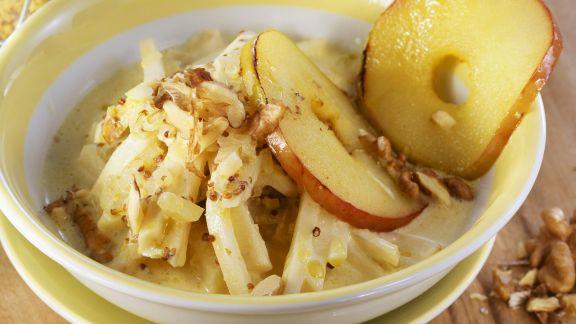Rezept: Selleriegemüse mit Senf, Äpfeln und Walnüssen