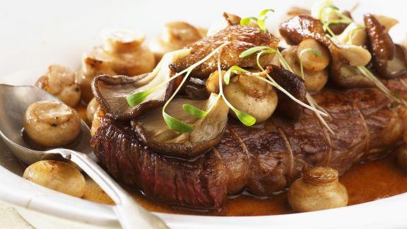 Rezept: Sirloin Steak auf Jäger-Art