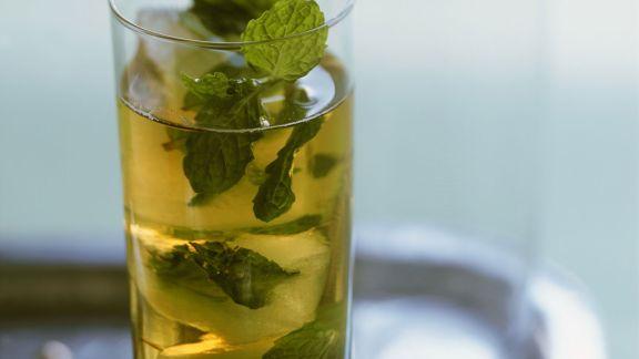 Rezept: Sommerdrink mit Minze