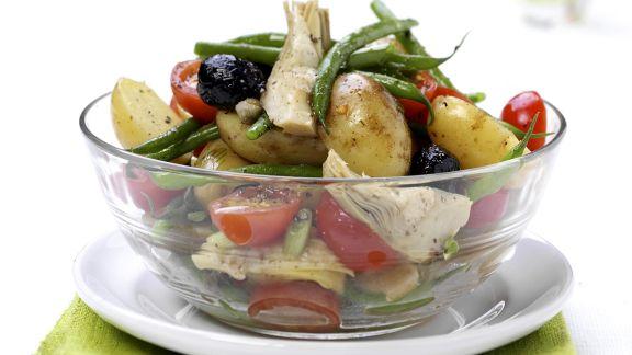 Rezept: Sommerlicher Gemüsesalat