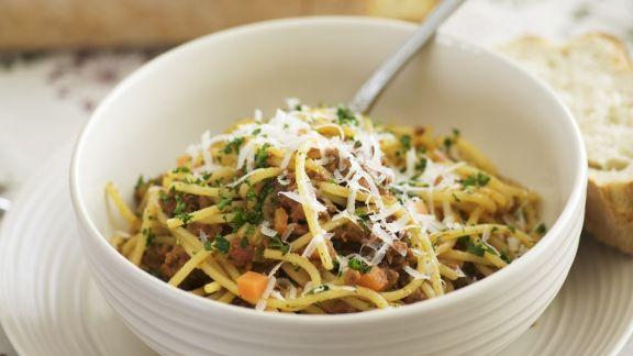 Rezept: Spaghetti mit Hackfleischsauce