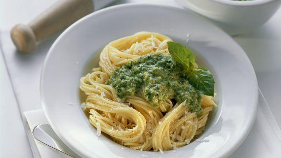 Rezept: Spaghetti mit Pesto verde