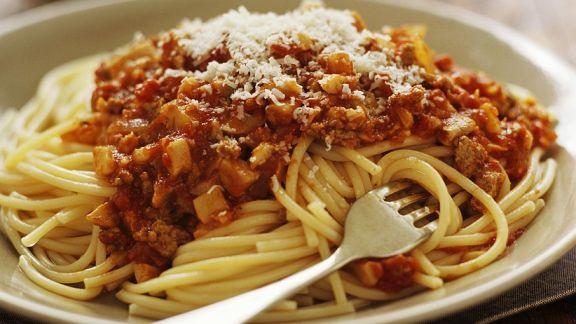 Rezept: Spaghetti mit Steinpilz-Hackfleischsauce