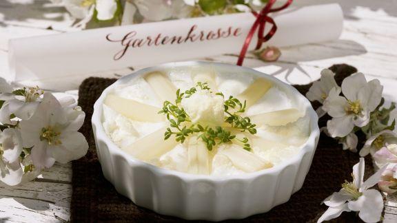 Rezept: Spargel-Baiser-Kuchen
