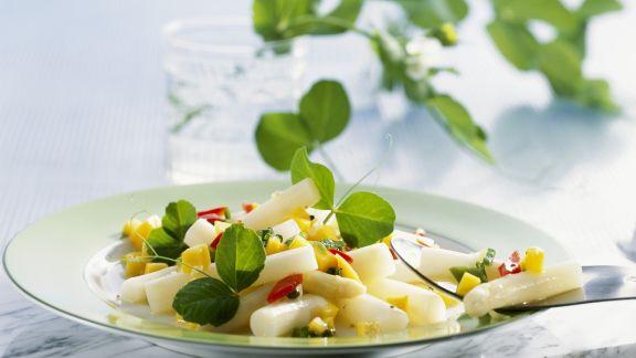 Rezept: Spargel-Mango-Salat