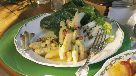 Rezept: Spargel mit Schinken-Kartoffel-Vinaigrette
