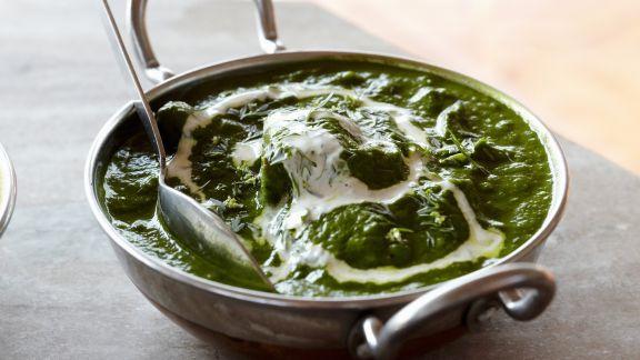 Rezept: Spinat mit Käsewürfeln auf indische Art ( Palek Paneer)