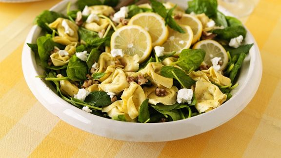 Rezept: Spinatsalat mit Tortellini