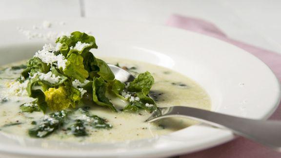 Rezept: Spinatsuppe mit Parmesan