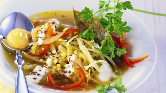 Rezept: Spitzkohl-Senf-Suppe