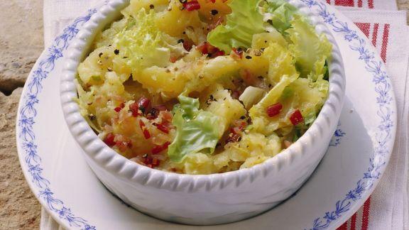 Rezept: Stampfkartoffeln mit Endiviensalat