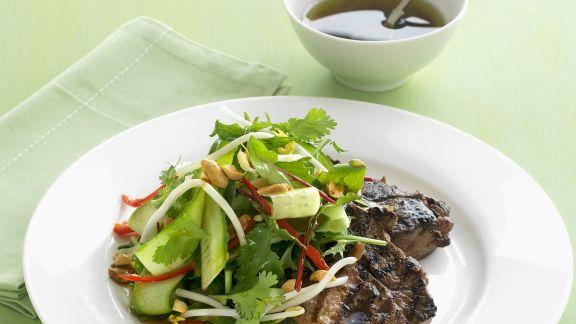 Rezept: Steak und Gurkensalat mit Koriander