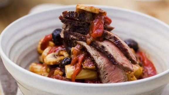 Rezept: Steakpfanne mit Pilzen und Nudeln