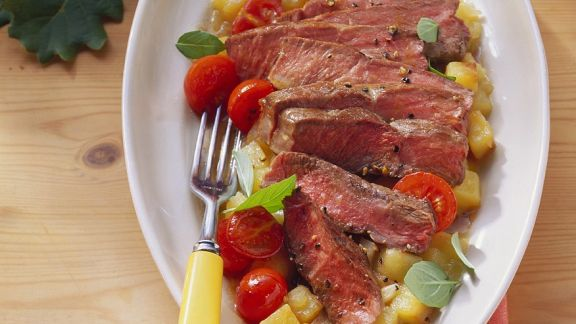 Rezept: Steakstreifen auf Kartoffelgemüse