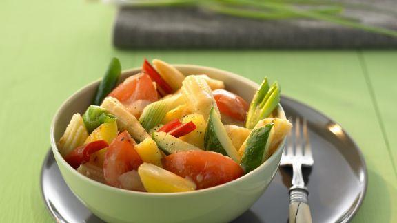 Rezept: Süß-saures Curry mit Gemüse und Obst