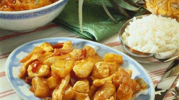 Rezept: Süß-saures Hühnchen mit Ananas