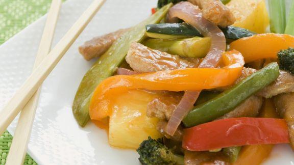 Rezept: Süß-saures Schweinefleisch mit Gemüse und Reis