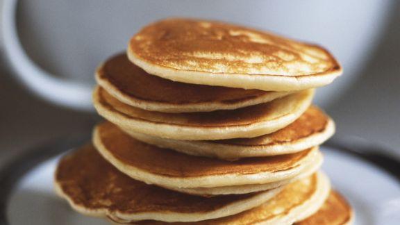 Rezept: Süße Pancakes mit Honig