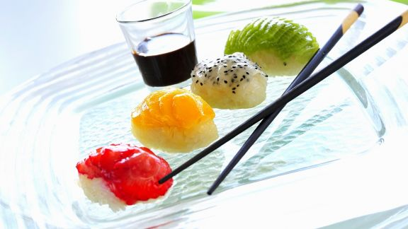 Rezept: Süßes Früchte-Sushi