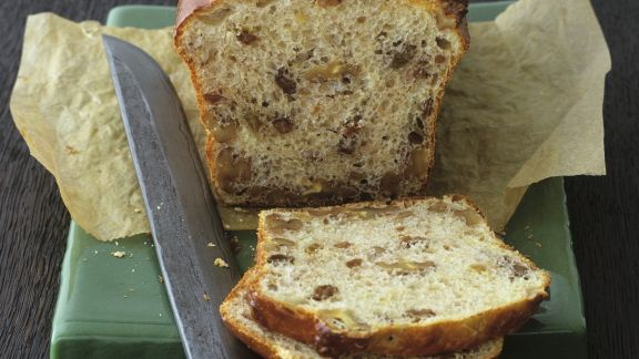 Rezept: Süßes Walnuss-Sultaninen-Brot