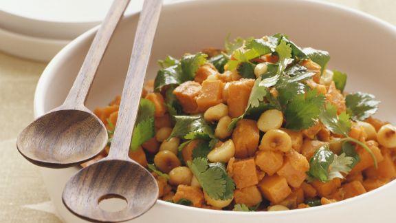 Rezept: Süßkartoffel-Macadamia-Salat
