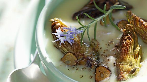 Rezept: Suppe aus Artischocken