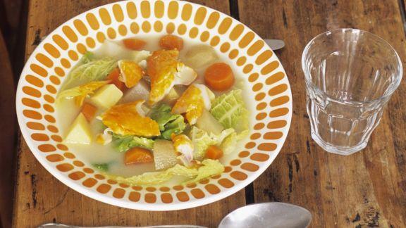 Rezept: Suppe aus Kohl mit geräuchertem Schellfisch