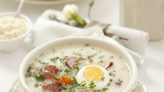Rezept: Suppe mit Ei und Wursteinlage
