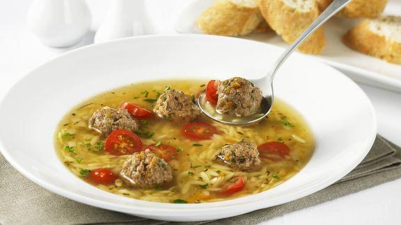 Rezept: Suppe mit Hackbällchen