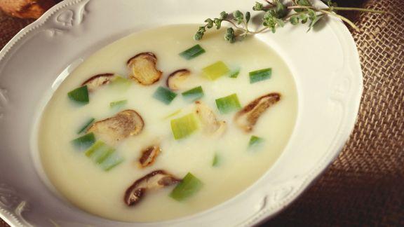 Rezept: Suppe mit Lauch und Steinpilzen