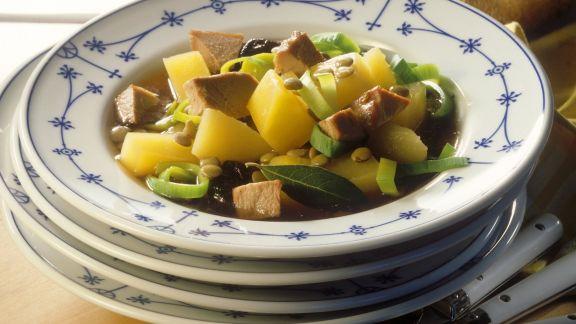 Rezept: Suppe mit Steckrübe und Gänsefleisch