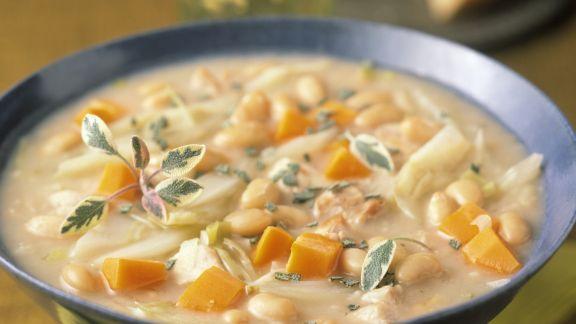 Rezept: Suppe mit weißen Bohnen und Karotten