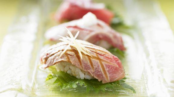Rezept: Sushi mit gebratenem Thunfisch