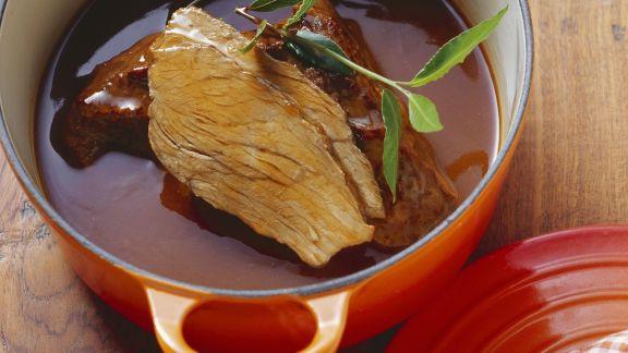 Rezept: Tafelspitz vom Kalb mit Essig-Wein-Sauce