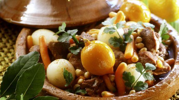 Rezept: Tajine mit Lamm, Rübchen und Zitrone