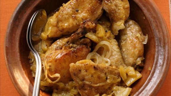 Rezept: Tajine mit Schmorhähnchen und Zwiebeln
