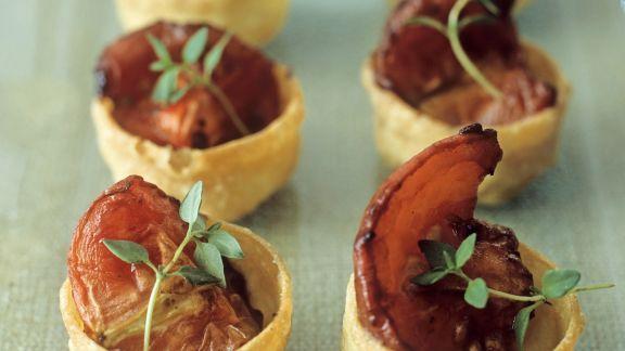 Rezept: Teigschälchen mit gebackenem Tomaten