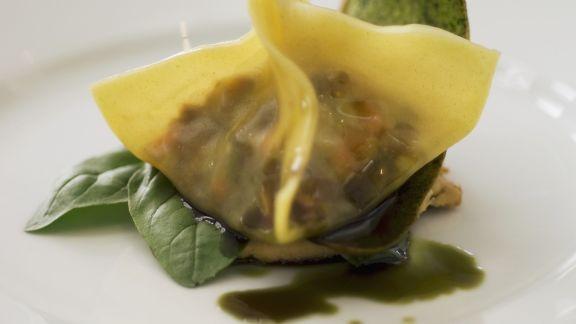 Rezept: Teigtasche gefüllt mit Hackfleisch und Gemüse