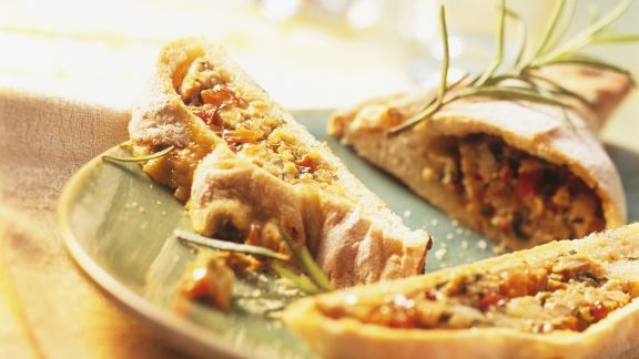 Rezept: Teigtasche mit Paprika-Thunfisch-Füllung (Empanada)
