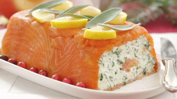Rezept: Terrine mit geräuchertem Lachs und Kräuterfrischkäse