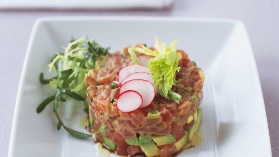 Rezept: Thunfisch-Avocado-Tatar mit Radieschen
