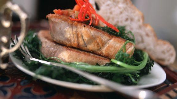 Rezept: Thunfisch mit Paprikasauce