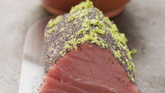 Rezept: Thunfischfilet mit Mohn und Limettenabrieb