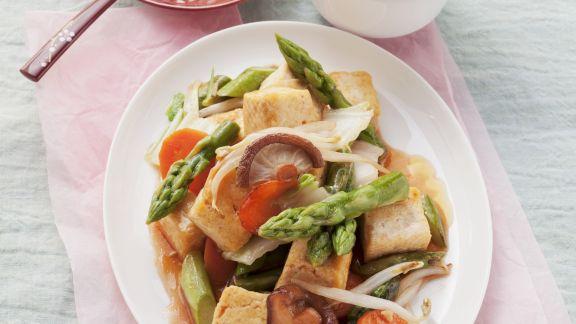 Rezept: Tofu mit süß-saurem Gemüse