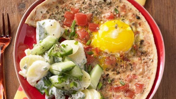 Rezept: Tomaten-Eier mit Kartoffelsalat