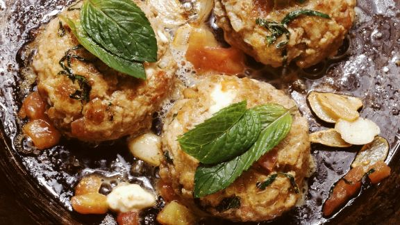 Rezept: Tomaten-Minze-Frikadellen