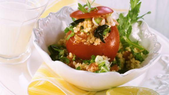 Rezept: Tomaten mit Bulgurfüllung