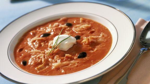 Rezept: Tomaten-Sauerkrautsuppe mit Oliven