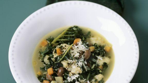 Rezept: Toskanische Bohnensuppe mit Schwarzkohl